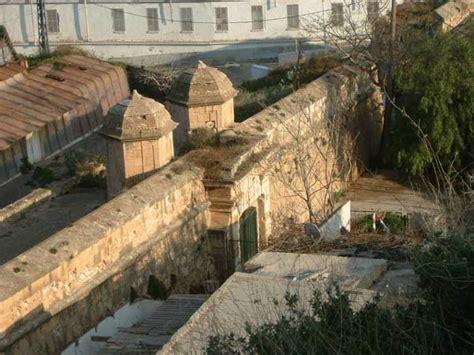 les portes de la fort portes et forts de la ville d oran