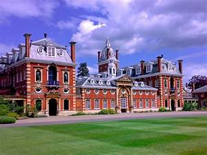 What Are The Most Expensive Boarding Schools In The Uk