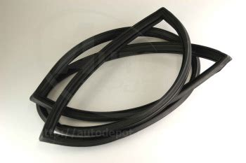 Datsun 510 Aftermarket Parts by Datsun B510 Front Windshield Rubber Auto Aftermarket