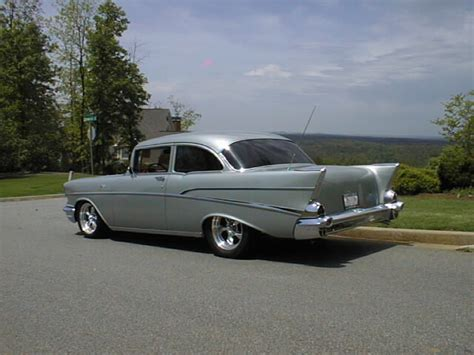 Classic Car Limo Service by 770 826 3575 Cartersville Prom Limos Wedding Reception