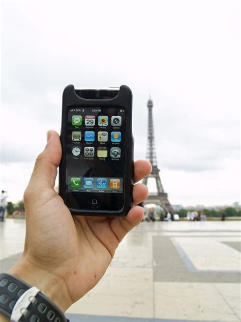 how to iphone how to take your iphone overseas wired