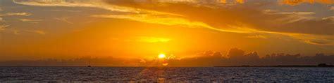 Napali Coast Boat Tour Sunset by Aloha Sunset Sail Kauai