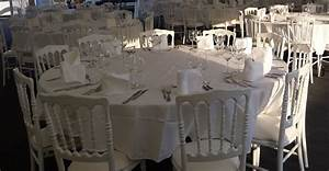 Table Ronde 10 Personnes : location table ronde 180cm bois pic event ~ Teatrodelosmanantiales.com Idées de Décoration