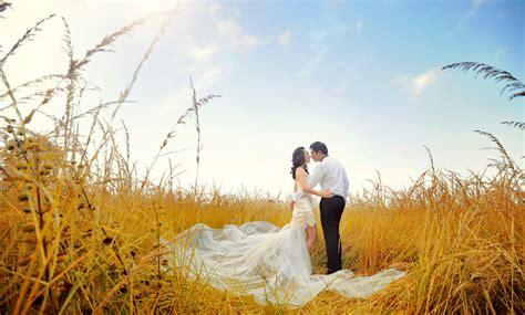 spectacular foto prewedding formal outdoor