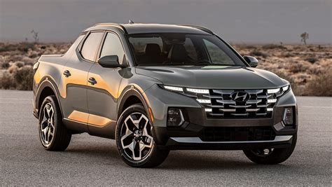 The 2022 hyundai santa cruz comes in 6 configurations costing $23,990 to $39,720. Hyundai's new ute is finally here! But can the 2022 Santa ...
