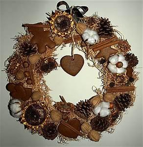 Faire Une Couronne De Noel : faire une couronne de no l pr parer une couronne de no l avec des fruits secs du raphia du pain ~ Preciouscoupons.com Idées de Décoration