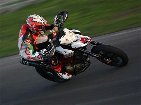Gambar Motor Ducati Hypermotard by Motorcycles Sport Gambar Motor Ducati Hypermotard 1100