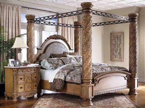 Wood Canopy Bedroom Sets by Bedroom Gorgeous Cherry Wood Canopy Bed With Wrought Iron
