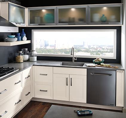 kitchen cabinet gallery kitchen cabinets lethbridge carefree kitchens and lighting 2519