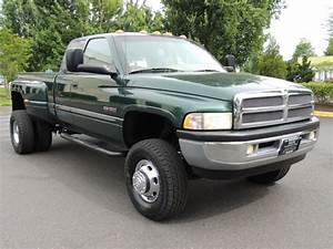 2001 Dodge Ram 3500 Laramie    4x4   5 9l Diesel    6