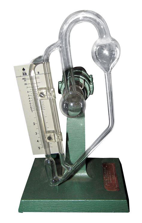 mcleod gauge  type  manometer description