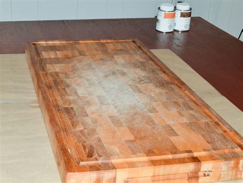 planche a decouper en bois entretien finition et entretien d une planche 224 d 233 couper d un bloc de boucher ou d un plan de travail