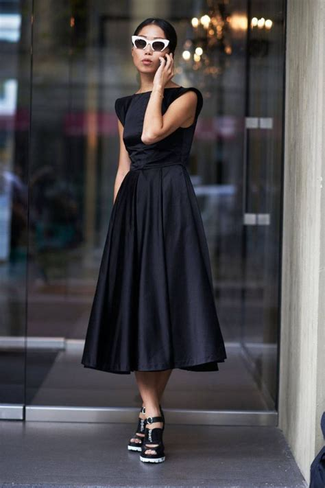 Modern Classic Style Clothes For Women 2019