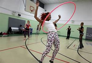 Hula-Hoop trend gets around - HT Health
