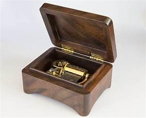 Small Music Box - FineWoodworking