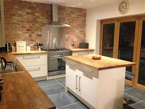 choose   kitchen worktops  lark