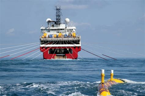 Ship Sinking Pictures by Offshore Fleet Seismic Vessel