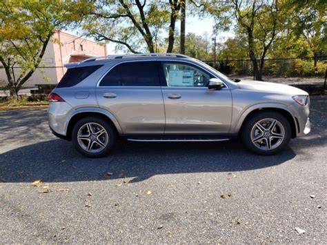 See pricing & user ratings, compare trims, and get special truecar deals gle 350 rwd. New 2021 Mercedes-Benz GLE 350 4MATIC SUV | Mojave Silver Metallic 21-252