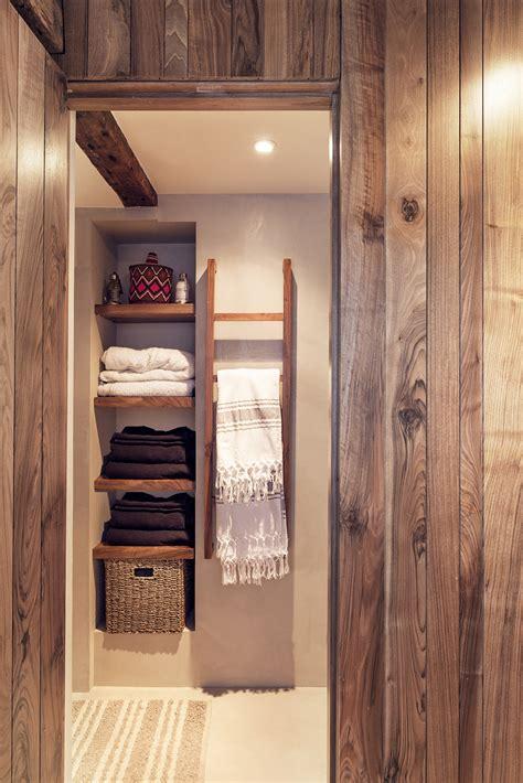 linen closet shelving interior design ideas