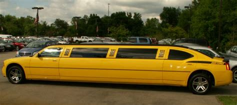 muscle limo  banana yelow paint top speed