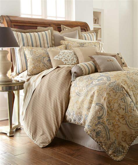 Luxury Reversible Comforter  Waterford Linens
