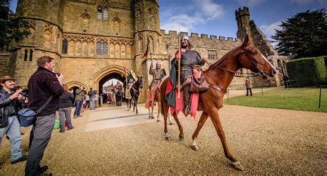 Battle of Hastings 950th anniversary: Re-enacting historic ...