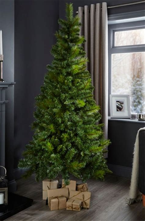 b and q artificial christmas trees best artificial trees large trees eiger classic tree goodtoknow
