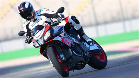 Aprilia Wallpapers by Aprilia Wallpaper And Background Image 1700x956 Id 601121