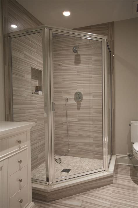 chrome framed neo angle shower enclosure  clear glass