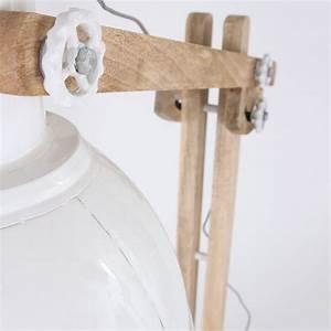 Designer Stehlampen Holz : stehlampe holz wei ~ Indierocktalk.com Haus und Dekorationen
