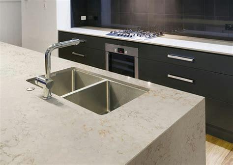 plan de travail en marbre pour cuisine plan de travail cuisine moderne en et bois