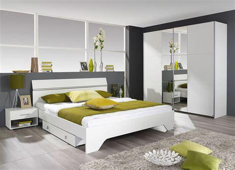 chambre adulte pas chere chambre adulte contemporaine coloris blanc