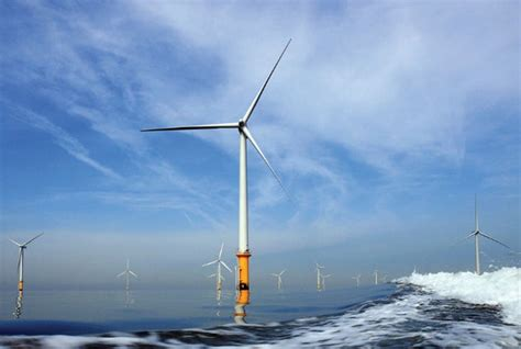 offshore wind accelerator issues two new tenders subsea world news