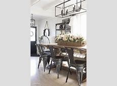 Modern farmhouse dining room decorating ideas 43