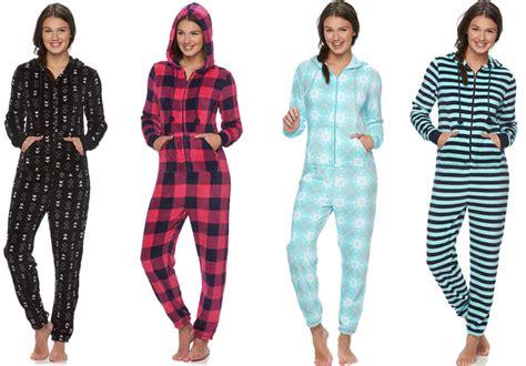 hot  reg  junior hooded onesie pajamas