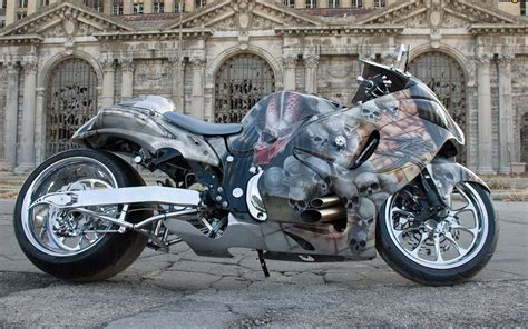 Suzuki Hayabusa Motorcycle With Skull Graphics