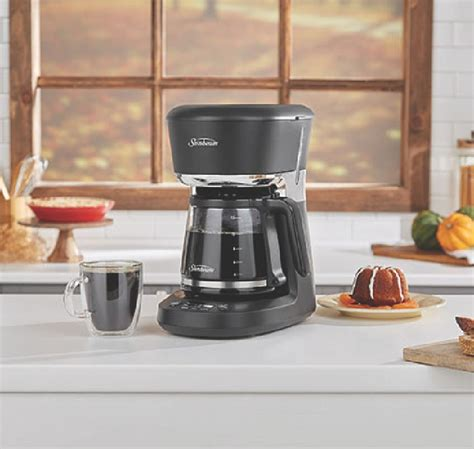 When you buy a 12 cup coffee maker, you are probably looking machine that will consistently make good coffee, but which. Sunbeam Easy Clean Programmable Coffeemaker Review - National Product Review