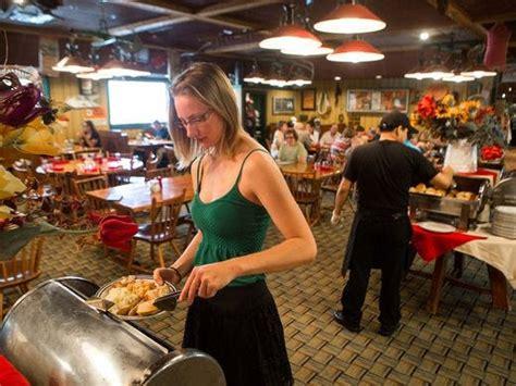 the machine shed des moines ia 10 des moines area restaurants for cozy comfort food