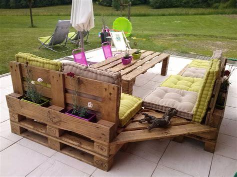 comment avoir un salon de jardin en palettes top astuces