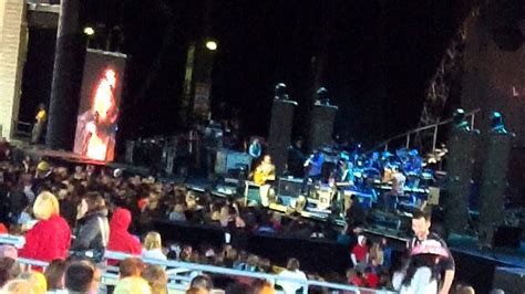 woman    lee brice   midwest bank