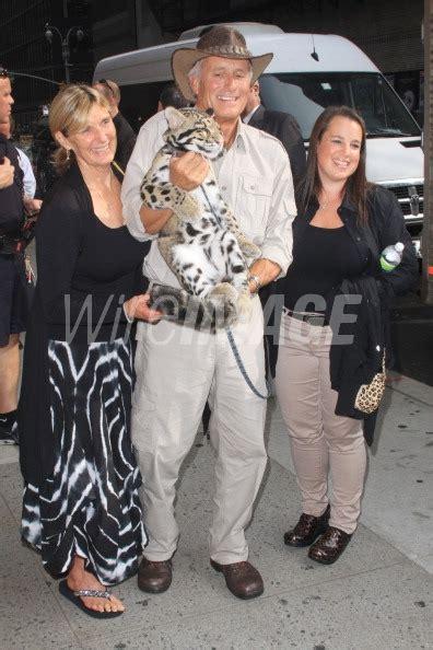 Jack Hanna wife Suzi Egli and daughter Julie Hanna are ...