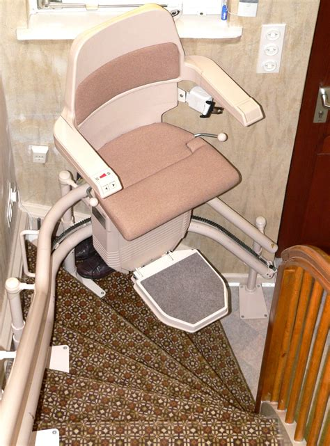 a quick guide about stairs chair lift tips for healthy