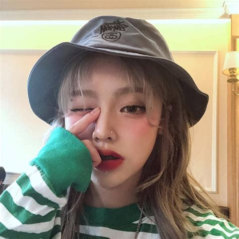 🖤 Aesthetic Asian Girl Instagram 2021