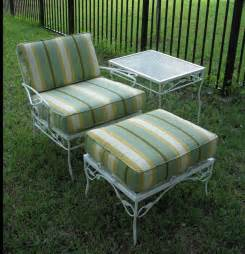 furniture a thrifter in disguise diy metal folding patio chairs makeover antique metal patio