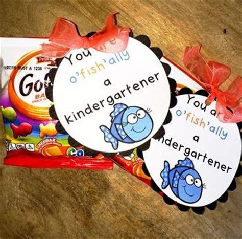 best 25 kindergarten day ideas on 121   9fb589491dd61d3471ea416e87be4d9d first day of school teacher gift meet the teacher