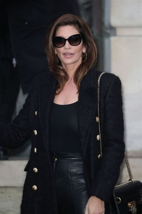 Cindy Crawford - The Balmain Homme Show at the Paris ...
