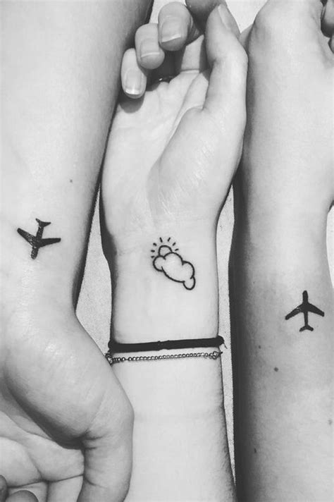 simple wrist tattoos ideas  pinterest henna