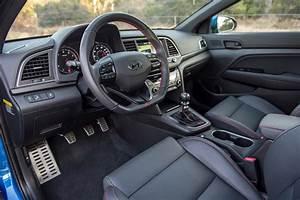 Turbocharged Hyundai Elantra Sport Revealed in Korea ...