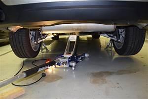 X5nut  How To Jack An F15 X5  Rear