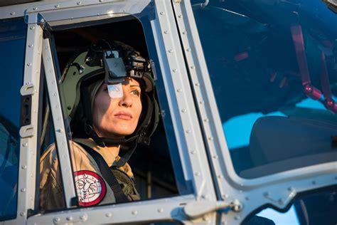 scorpion helmet sight selected defense news aviation